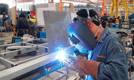 Siguen perdiendo las Pymes y la industria nacional