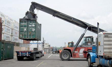 Importaciones, exportaciones y góndolas: 9 pedidos de pymes industriales al Gobierno