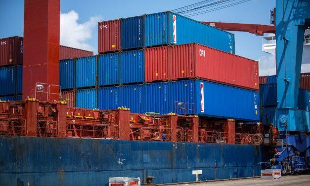 PYMES: El Gobierno bonificará su primera exportación
