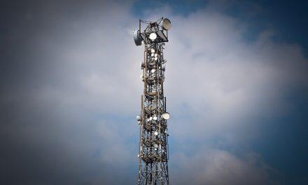 """El Gobierno analiza aceptar el pedido de """"operadores Pymes"""" y se postergaría la competencia plena en el sector """"telco"""""""