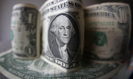 Dólar: qué es el overshooting