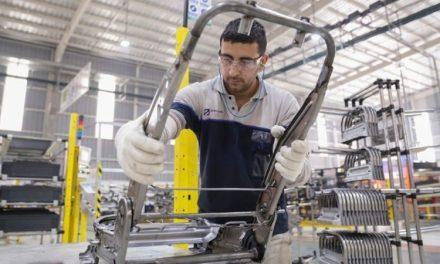 La producción industrial de las pymes cayó 7,3 % en julio