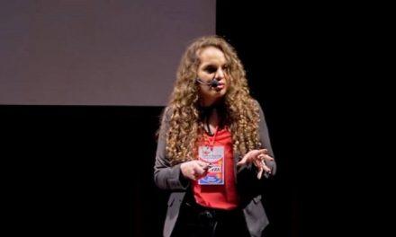 """¿Qué tienen los pobres en la cabeza?"""": la charla en TED de Mayra Arena"""