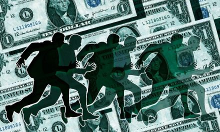 El dólar se acerca a los $ 42 en el último día antes del debut de las bandas de flotación