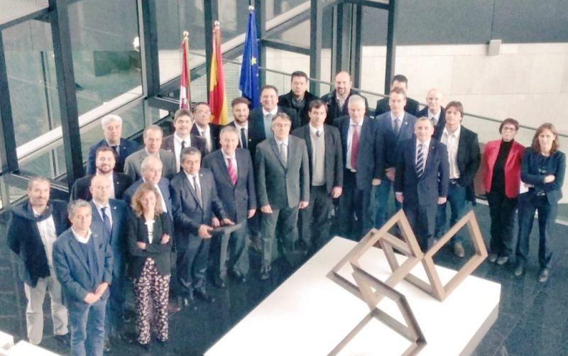Córdoba propicia acuerdos en innovación y competitividad con España