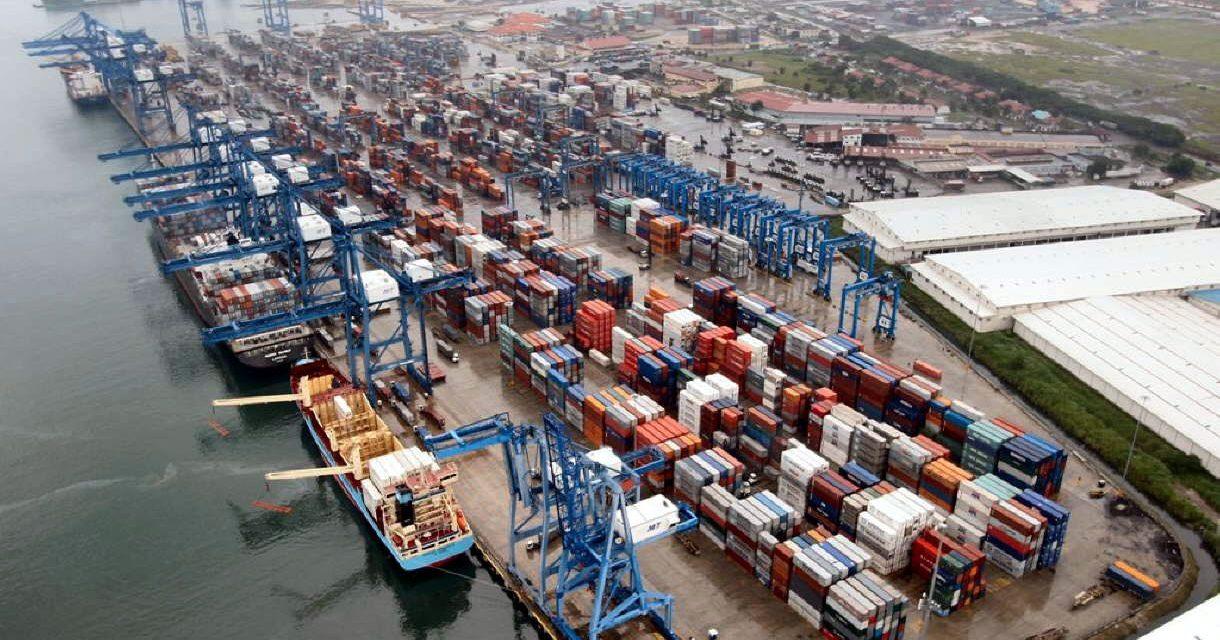 Las exportaciones chinas registran un sorpresivo aumento de 8,2% en abril