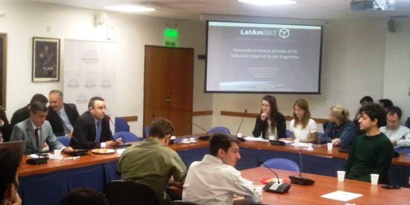 LatAm-Sat: de IncubaCor al Congreso Jóvenes en la Actividad Espacial
