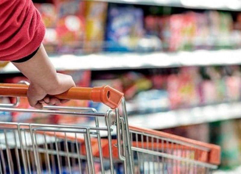 La canasta básica aumentó un 52,9 % en 2018 según el INDEC