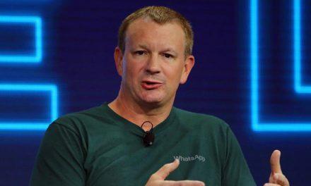 Borren Facebook de sus teléfonos: creador de WhatsApp