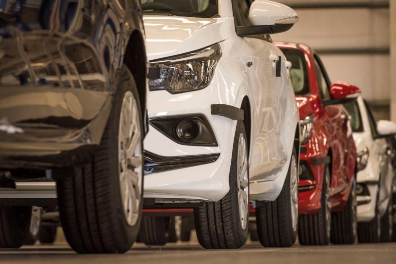 En febrero la venta de autos tuvo una caída interanual de del 43%