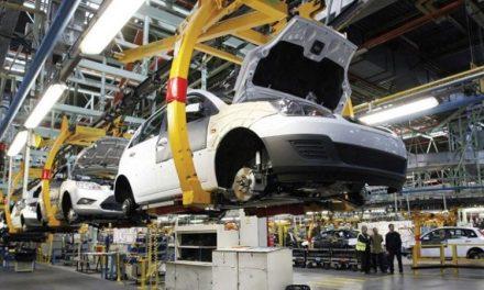 La economía cayó 5,7% en enero y suma nueve meses de recesión