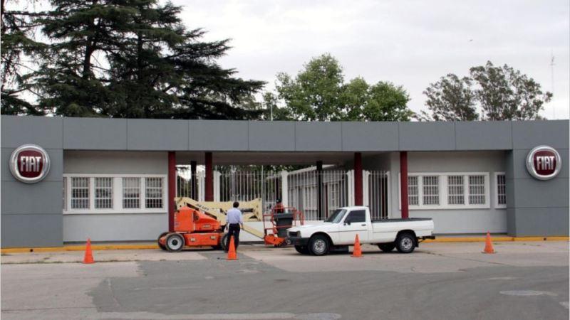 Crisis automotriz: Fiat deja de producir cajas de cambio en el país y Volkswagen suspende a 300 operarios