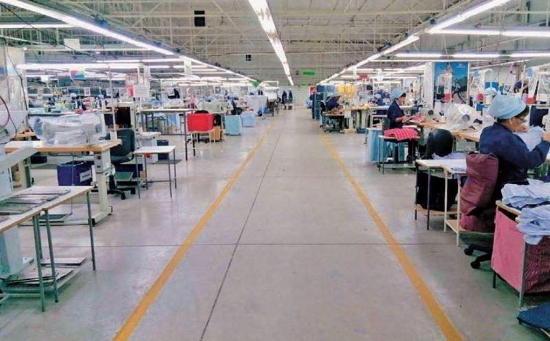 Lacoste apuesta a exportar a todo el mundo desde su planta de San Juan