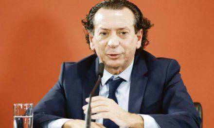 """Entidades periodísticas piden medidas para atender la """"dramática"""" situación del sector"""