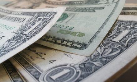 Los bancos subieron 4 puntos su proyección de inflación y ven un dólar a $50 para fin de año