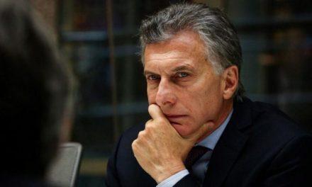 """Macri: """"El riesgo país sube porque en el mundo hay miedo de que los argentinos quieran volver atrás"""""""