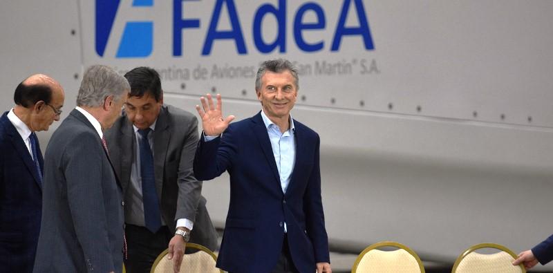 Macri visitó Embalse y luego inauguró una planta en Fadea de Aerogeneradores