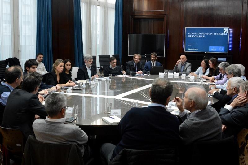 El Gobierno acerca al sector productivo y comercial los detalles del Acuerdo MCS-UE