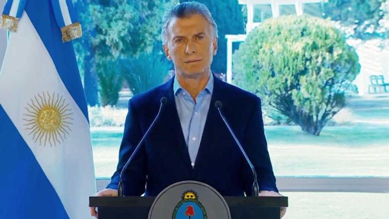 """Macri anunció medidas para llevar """"alivio"""" a """"17 millones de trabajadores y a las pymes"""""""