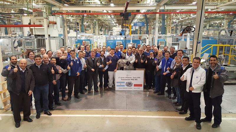 Desde Córdoba: Volkswagen comenzó a exportar cajas manuales a Europa