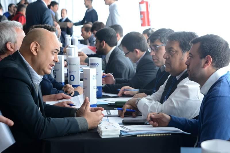 El Gobierno organizó rondas de negocios entre PyMEs y empresas del Estado