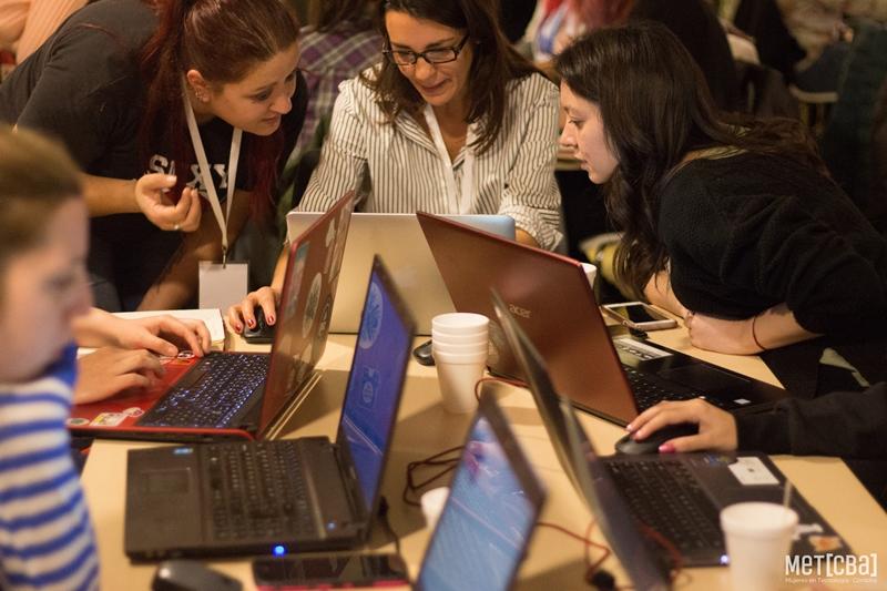 """Llega el Hackathon Web """"We Girls Hack"""" de Mujeres en Tecnología Córdoba"""
