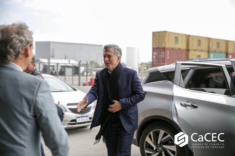 El Presidente Mauricio Macri visitó las flamantes instalaciones de la Terminal Portuaria Interior CaCEC