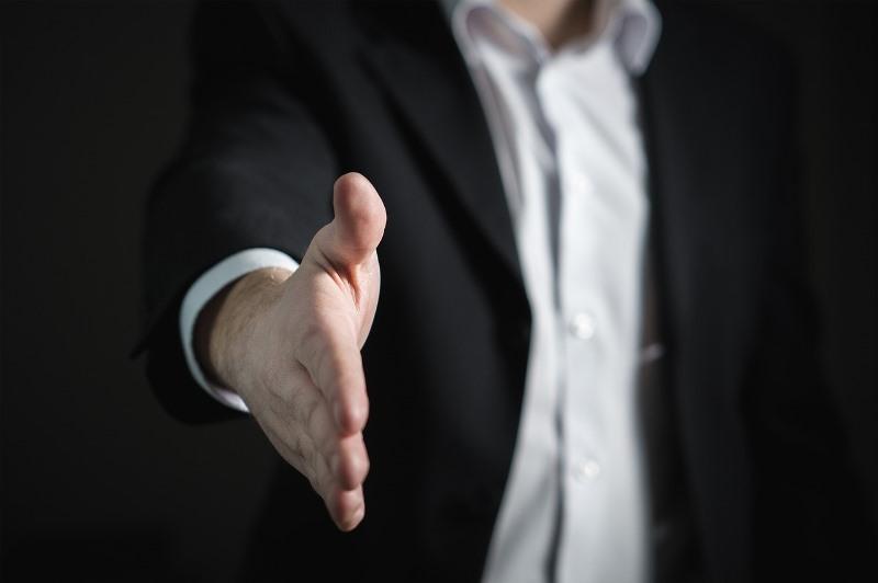 El Gobierno organiza rondas de negocios entre PyMEs y empresas del Estado