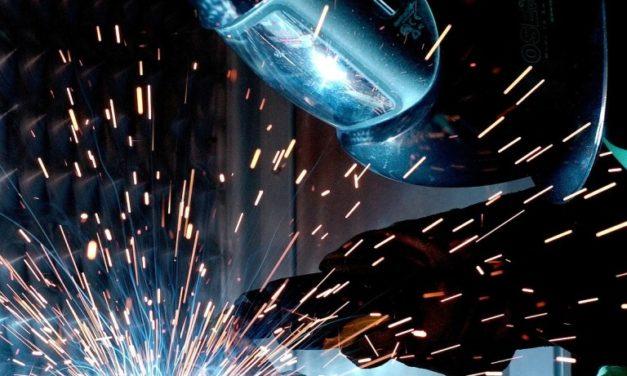 Con múltiples y complejos desafíos la industria nacional conmemora su día