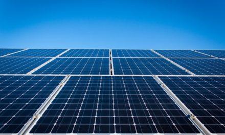 Crece el número de usuarios que generan su propia energía renovable