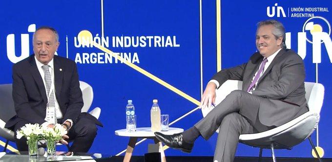 """Alberto Fernández en la conferencia de la UIA: """"Vamos a ayudar a los que producen"""""""