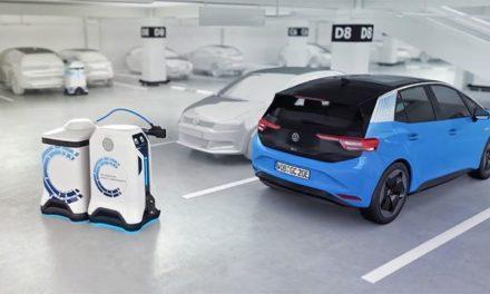 Volkswagen planea usar robots para cargar autos eléctricos en estacionamientos