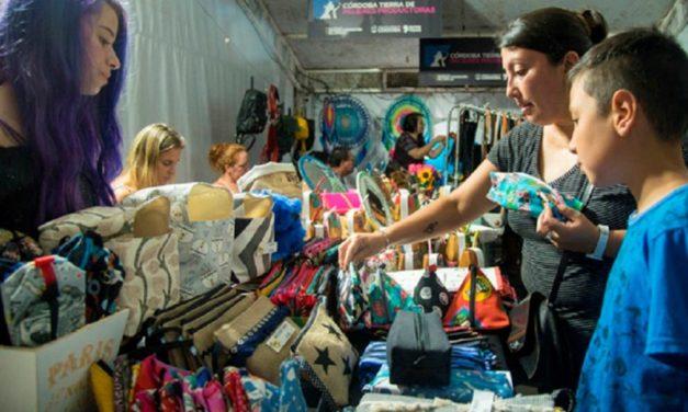 Comienza la Feria Navideña de mujeres emprendedoras