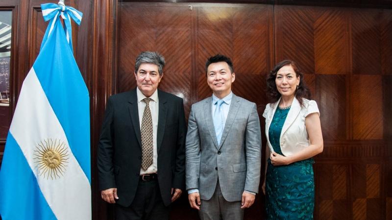 Argentina y China expresaron interés en abordar nuevos rubros de cooperación energética