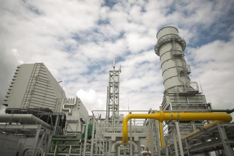 Leve crecimiento interanual en la producción del sector químico y petroquímico