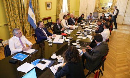 El Gobierno dará a conocer medidas para monotributistas y Pymes