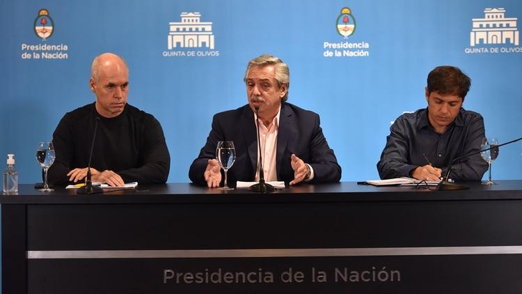 Alberto Fernández anunció la suspensión de las clases y el cierre de las fronteras por 15 días para minimizar la circulación del coronavirus