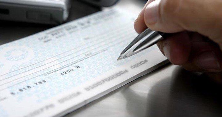 Paliativos para pymes hasta fin de marzo frente al cierre del mercado de cheques