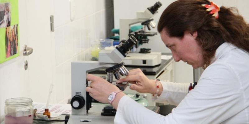 COVID-19: Córdoba ya realiza las pruebas en el Laboratorio Central