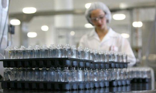 Las empresas que cambiaron su línea de producción para ayudar en la pandemia