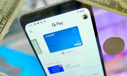 Google busca competir con Apple Card con una tarjeta de débito física