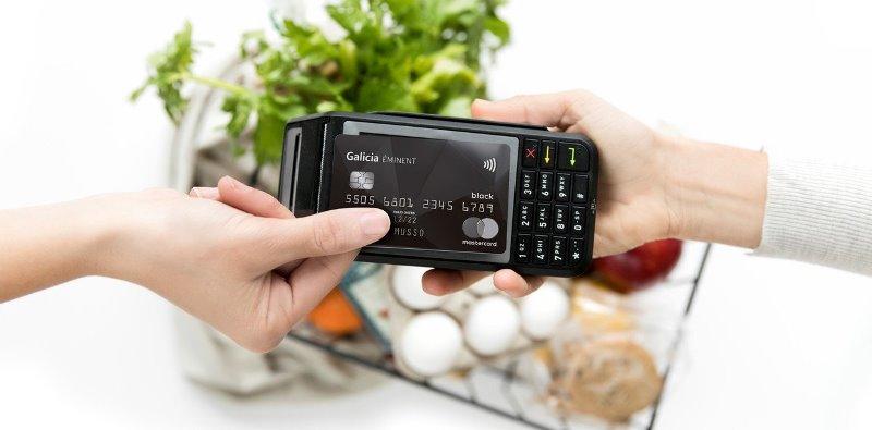 """Crece la modalidad """"sin contacto"""" en el pago con tarjeta de crédito"""