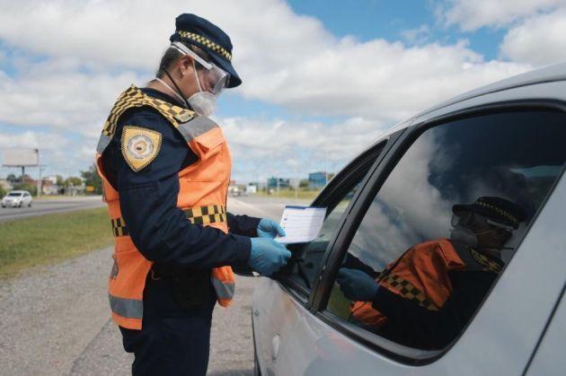 En Córdoba continuarán teniendo validez los actuales certificados de circulación para los exceptuados a la cuarentena