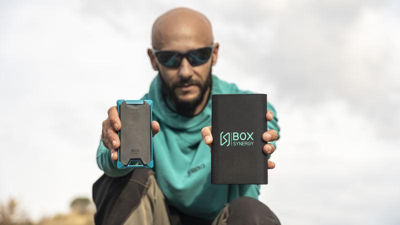 Emprendedores cordobeses se lanzan al mercado norteamericano con el primer cargador portátil smart