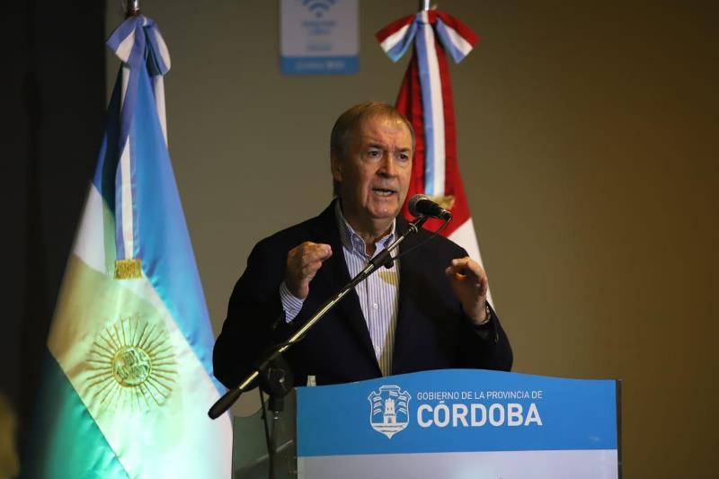 El gobernador Schiaretti anunció mayores aperturas