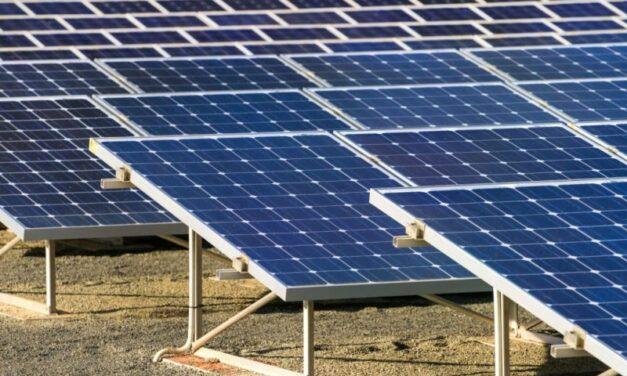 La provincia entregó kits solares a 700 hogares rurales