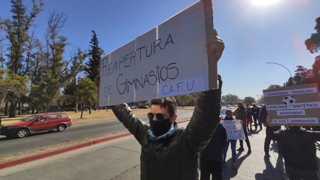 Gimnasios protestan en Córdoba y piden por la reapertura