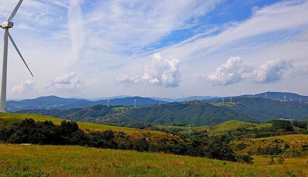 Energías renovables y triple impacto positivo: ambiental, social y económico