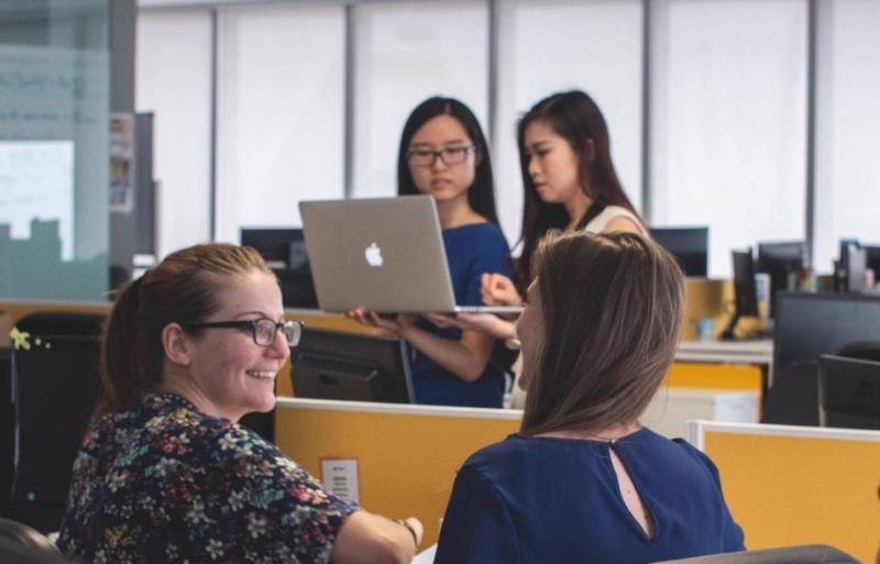 Llega el MeTCaMP Web de Mujeres en Tecnología