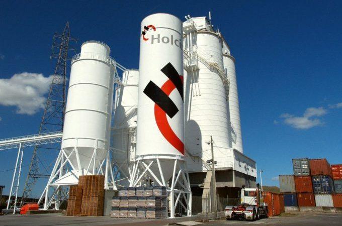 """Holcim celebra su 90° Aniversario con un packaging de edición limitada del legendario cemento """"Hércules"""""""